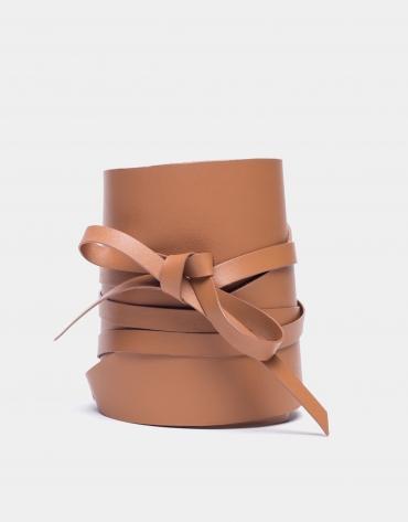 Camel leather tie belt