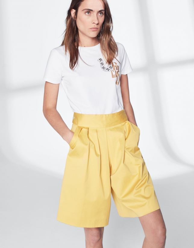 Yellow cotton bermudas
