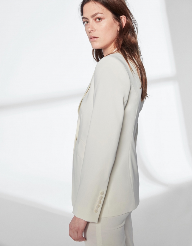 Ivory white sport jacket with one button