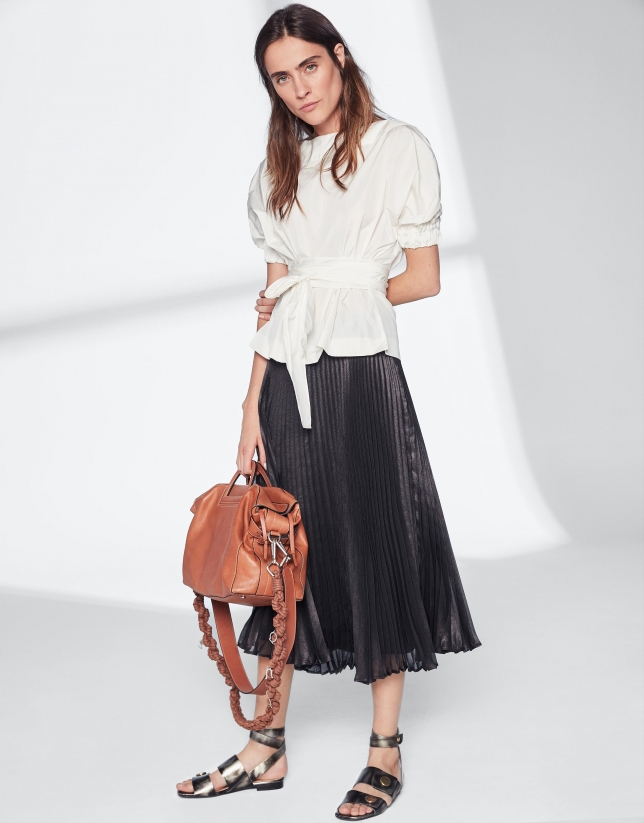 cb68f4d10 Black pleated midi skirt - Woman - SS2019 | Roberto Verino