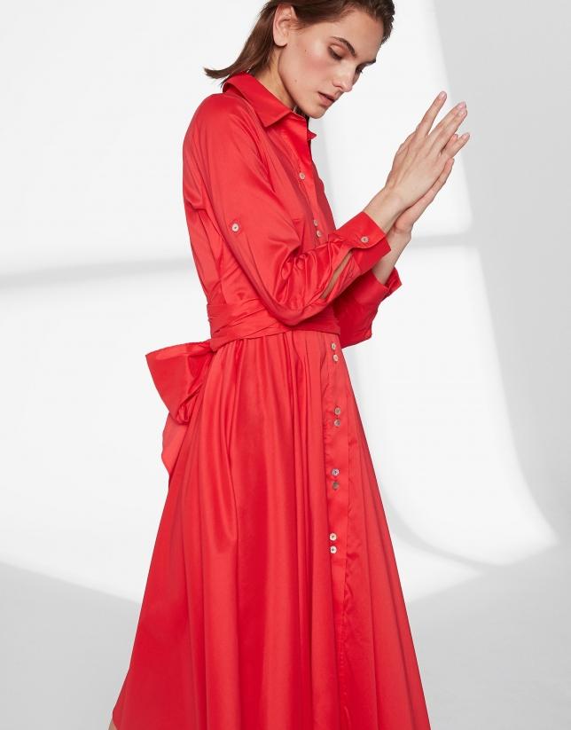 Robe chemisier couleur carmin avec jupe style foulard