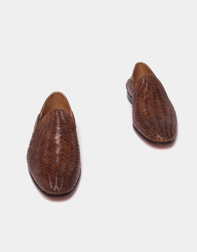 Slipper piel trenzada marrón