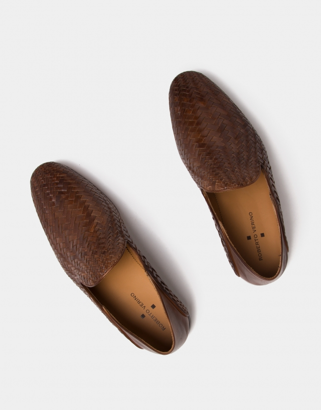 Brown braided leather slippers