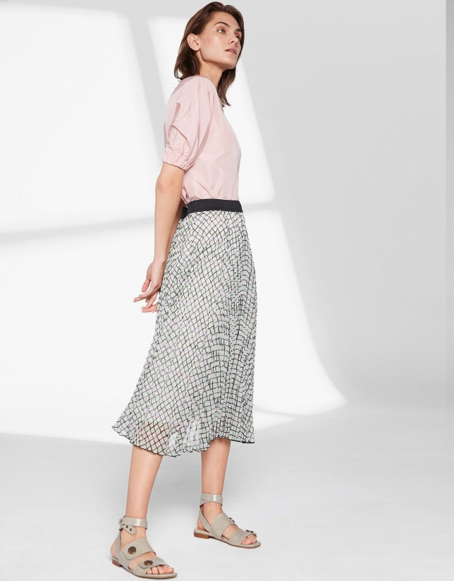 Pastel checked, long pleated skirt