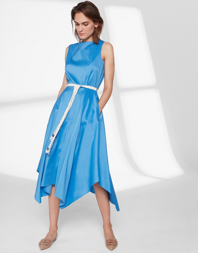 Robe bleu outremer avec jupe style foulard