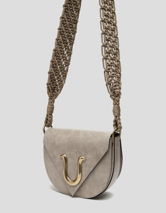 Sandy-colored leather Uve shoulder bag