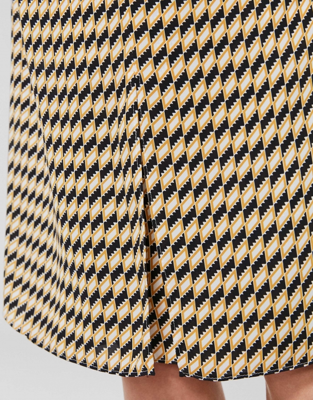 Falda midi estampado geométrico oro/negro