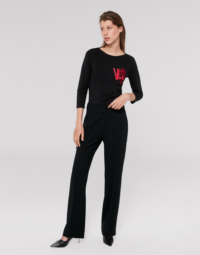 Black straight pants with rib in front