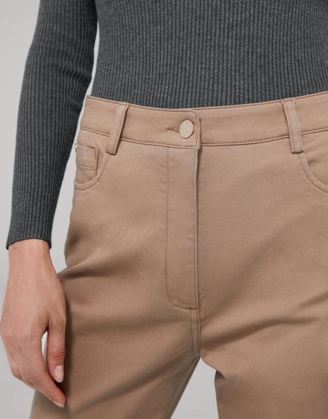 Pantalon en coton satiné couleur vison