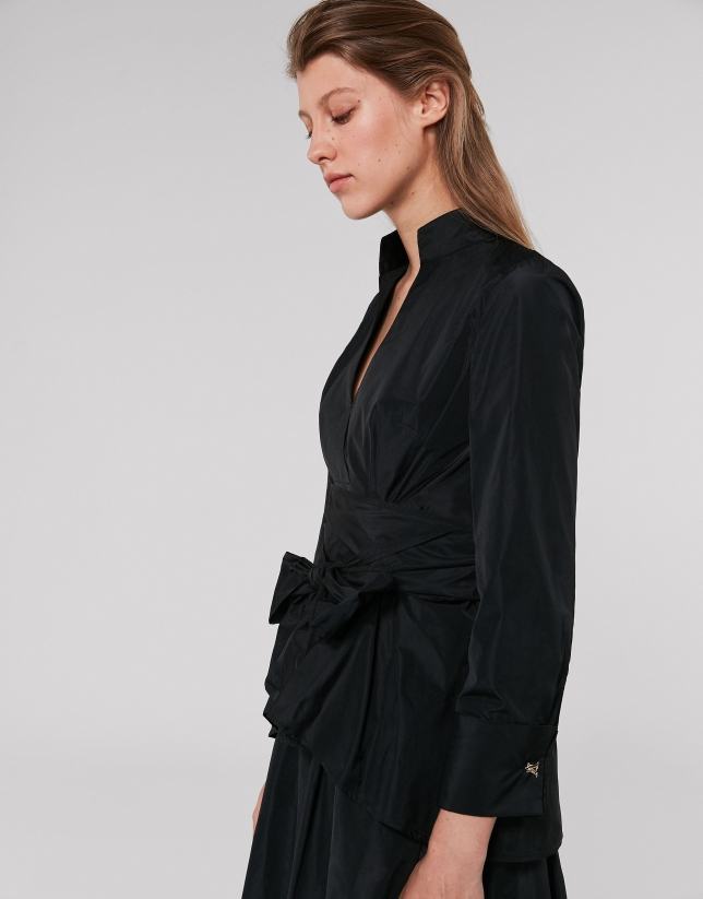 Black shirt with Mao collar and bow
