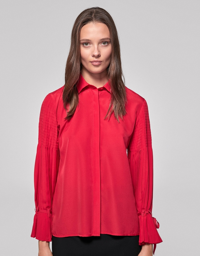 Red poppy shirt with pleated sleeves