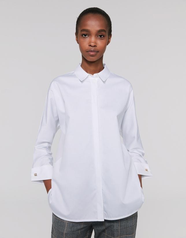 Chemise blanche à manches trois-quarts