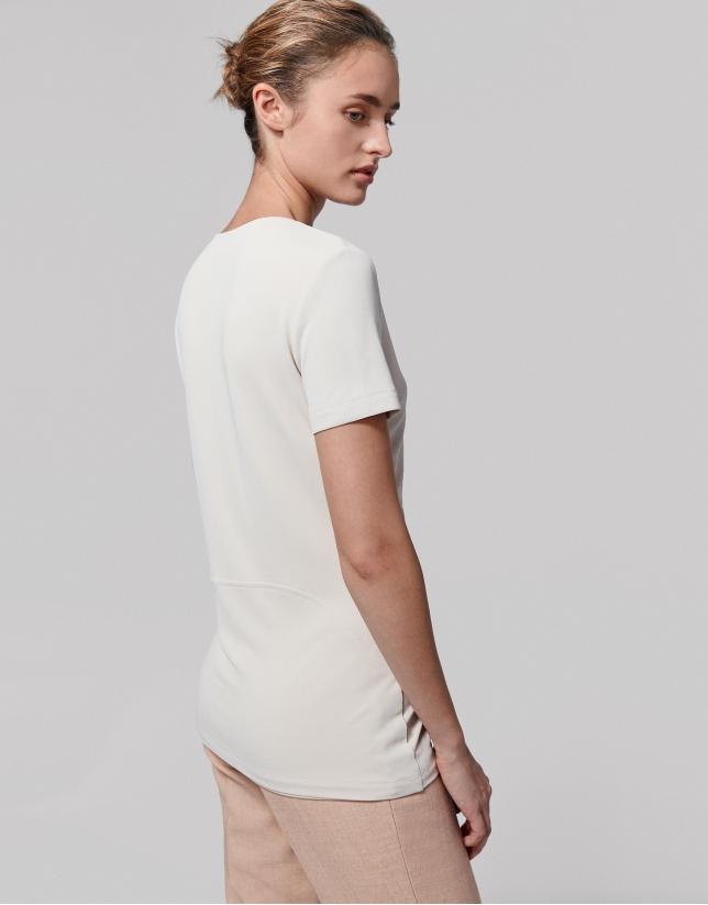 T-shirt plissé sur les côtés, couleur vanille
