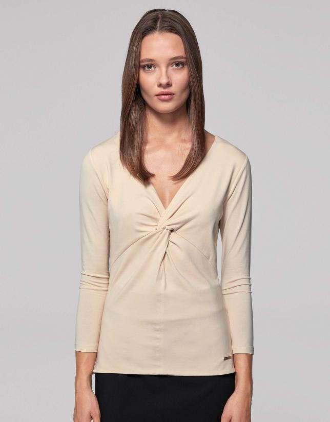 Vanilla top with tie in front
