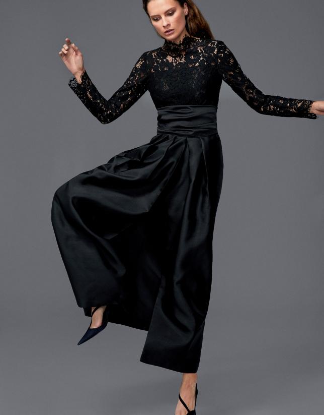 Robe de soirée longue noire avec top en dentelle