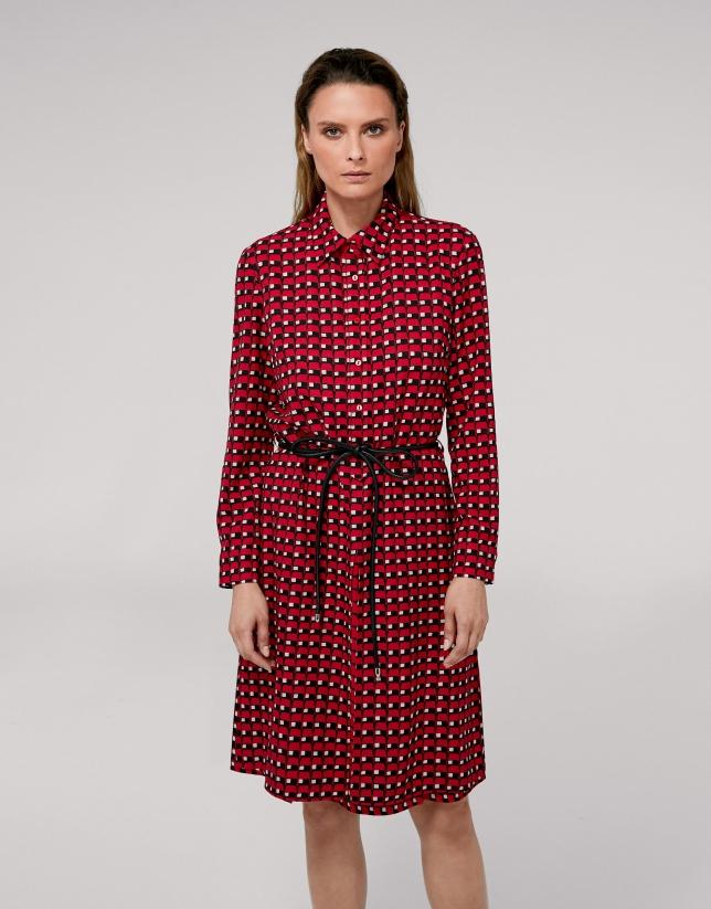 Vestido camisero estampado geométrico rojo