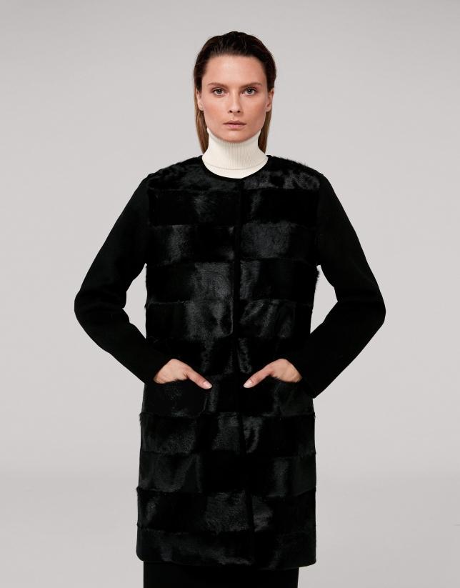 Abrigo lana negro delantero en pelo de cabra
