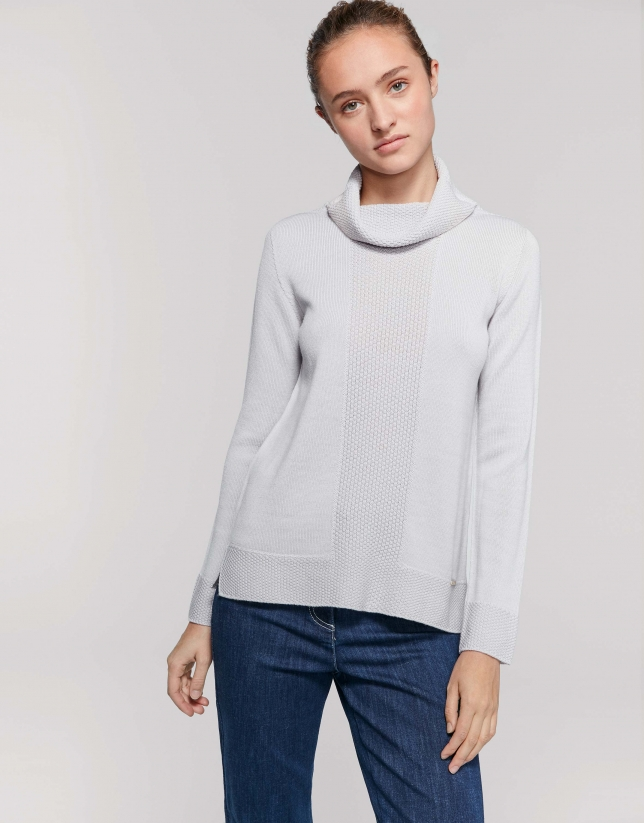 Jersey lana merino cuello vuelto flojo gris plata