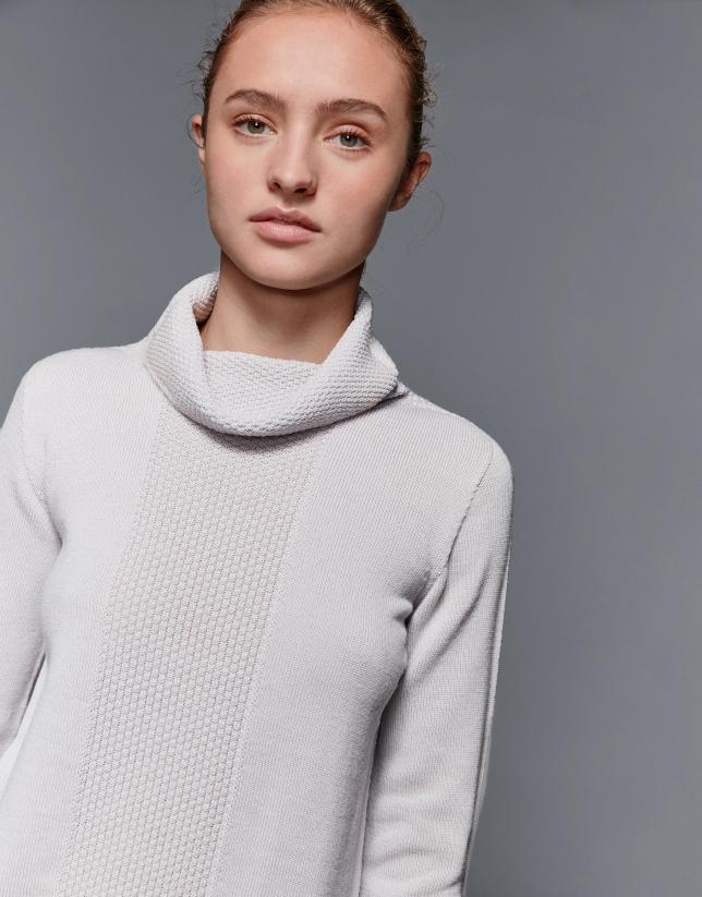 Pull laine merino col roulé relâché gris argent
