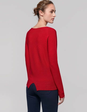 Red poppy sweater with raglan sleeves