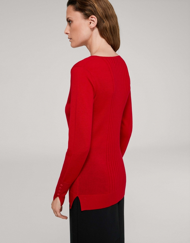 Pull laine col V couleur coquelicot