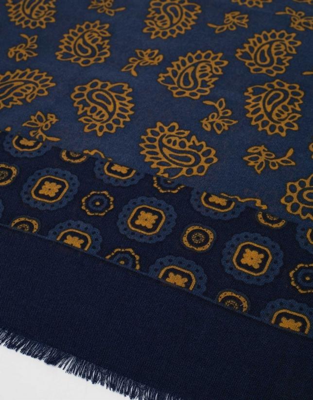 Fular lana estampado cachemires y flores azul/dorado