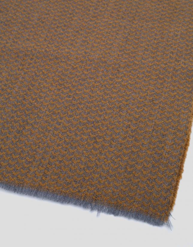 Bufanda de lana bicolor gris y amarillo