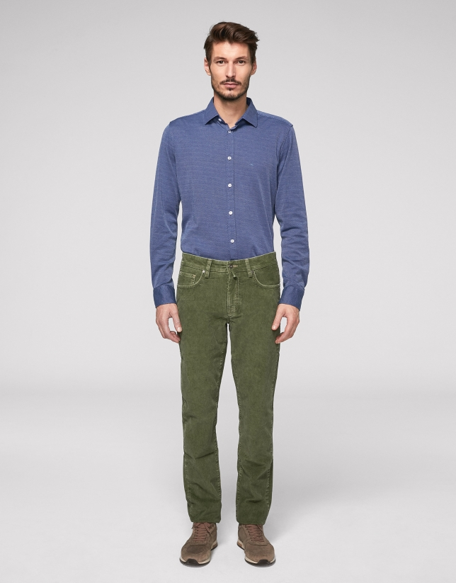 Khaki corduroy pants with five pockets