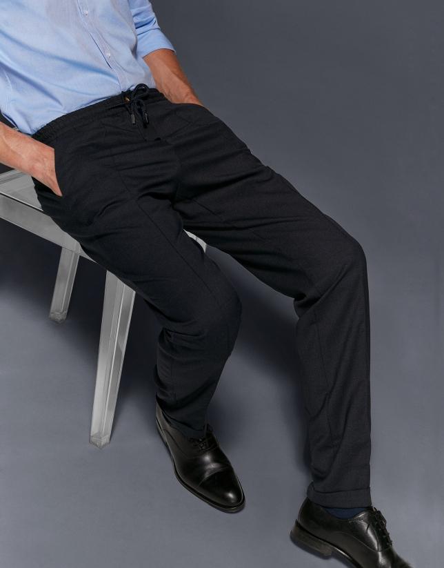 Pantalón con cintura elástica azul marino
