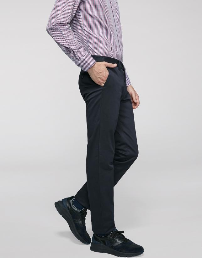 Pantalón chino regular marino