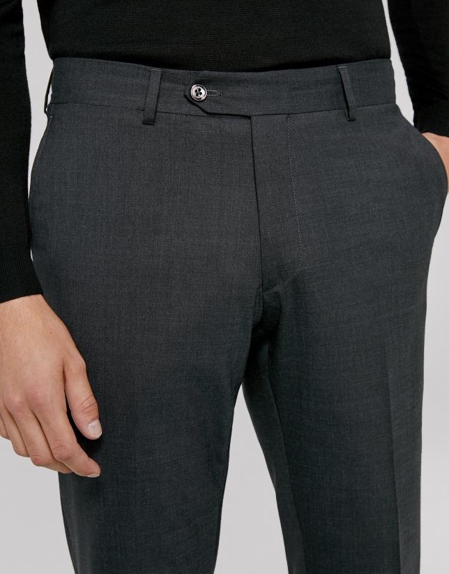 Pantalón vestir gris oscuro