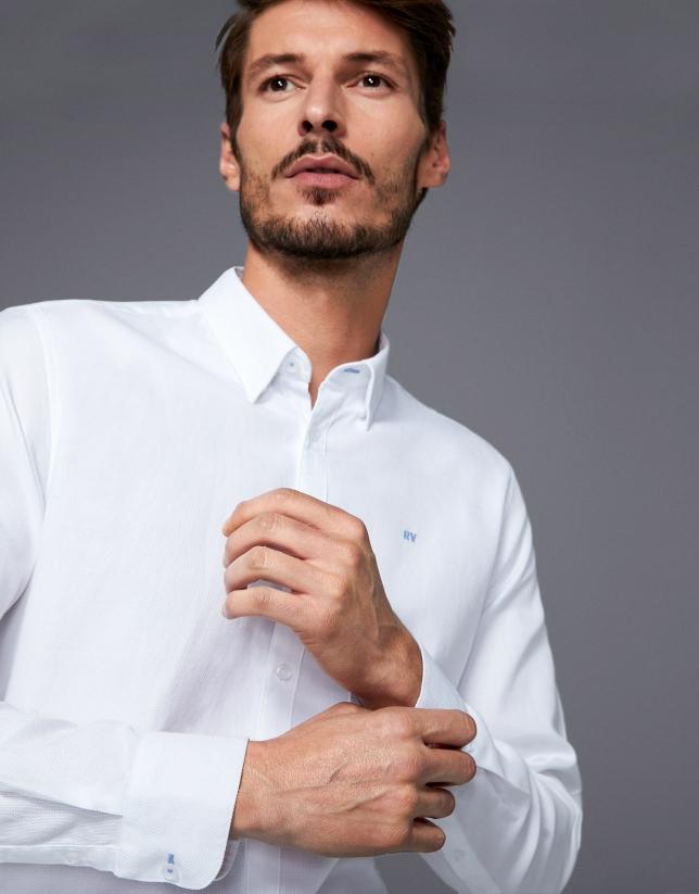 Chemise ajustée en coton panama blanc