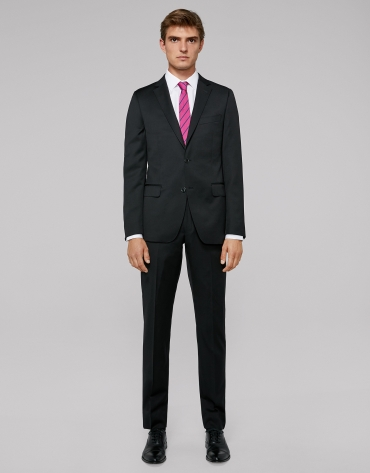 Black wool twill, slim fit suit