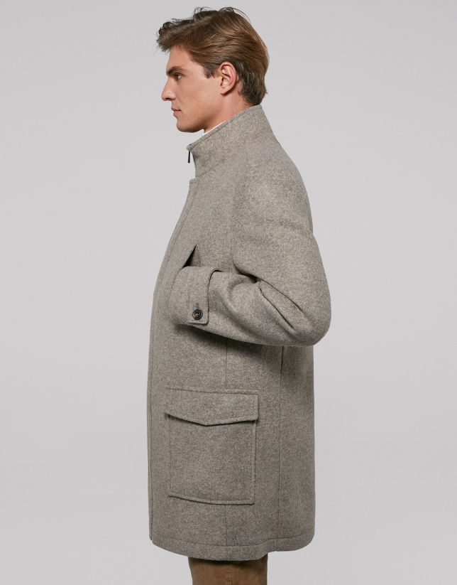 Mink-colored coat with detachable dickey