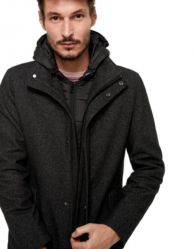 Manteau gris en laine avec capuche