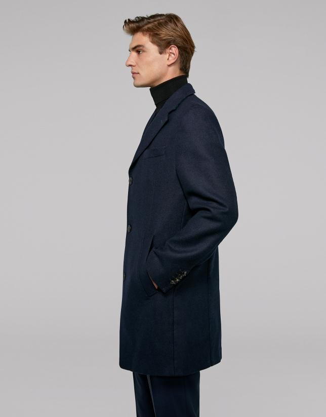 Manteau bleu marine avec intérieur en tartan