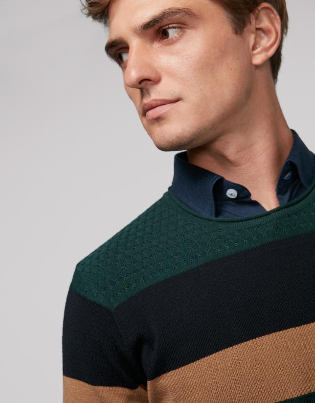 Pull en laine vert à rayures