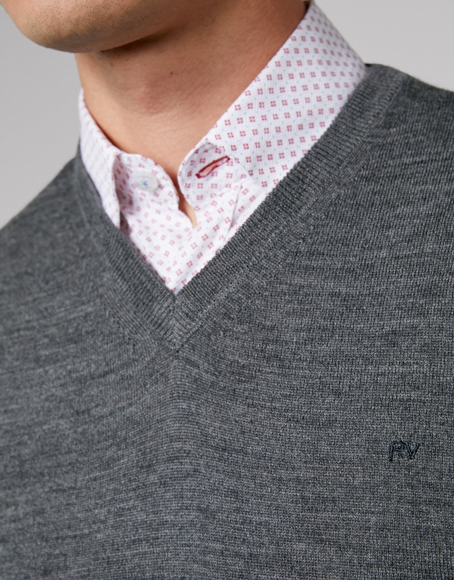 Grey melange wool sweater with V neck