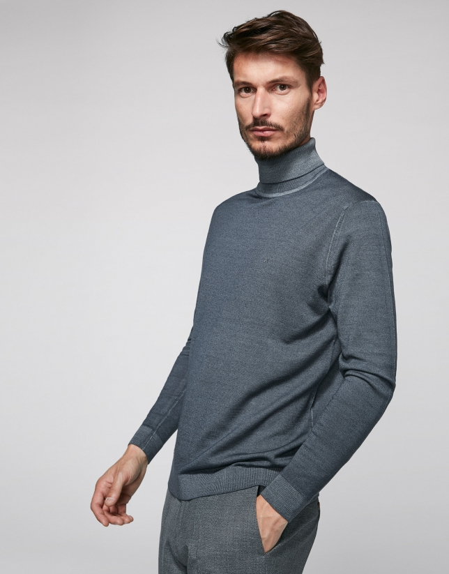 Gray turtle neck sweater