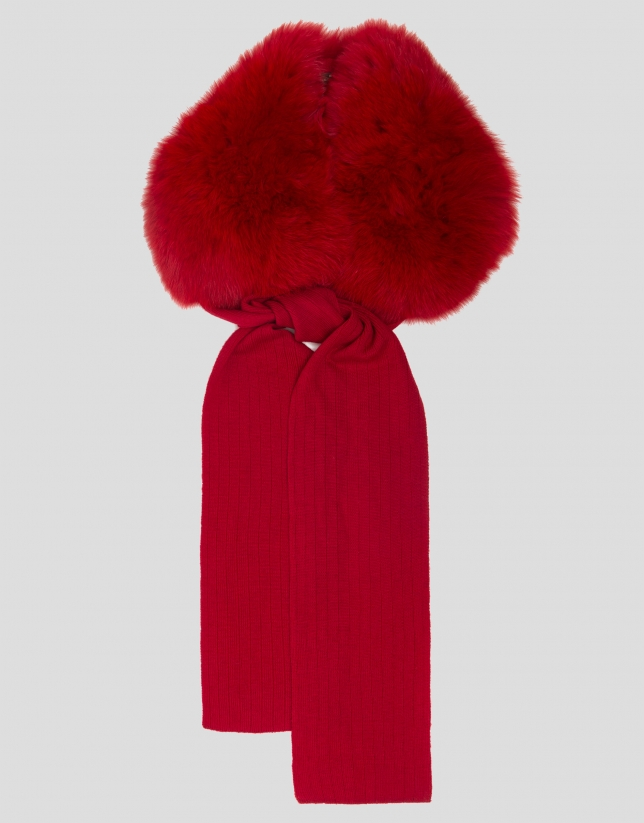 Red wool and fur scarf