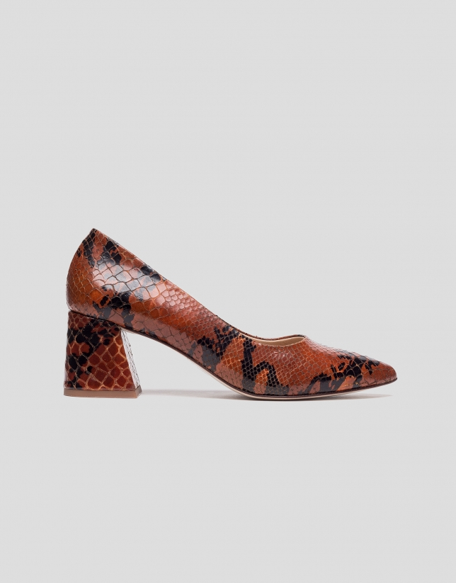Brown snakeskin pumps with half heel