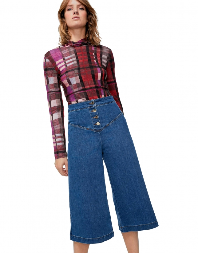 Pantalón vaquero cintura alta bajo campana