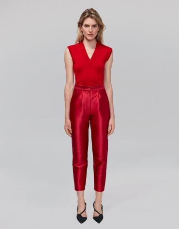 Pantalon 7/8 en soie rouge