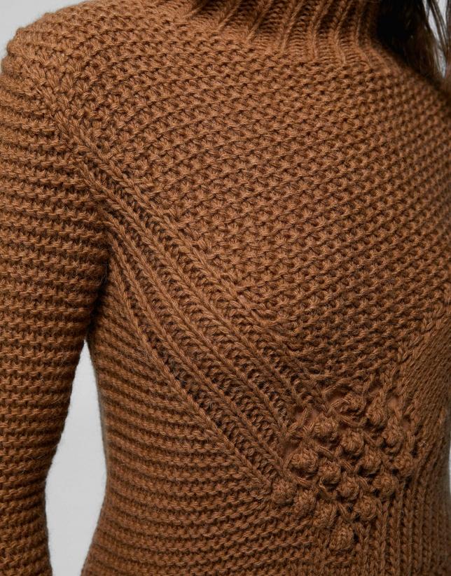 Jersey punto nudos y calado marrón