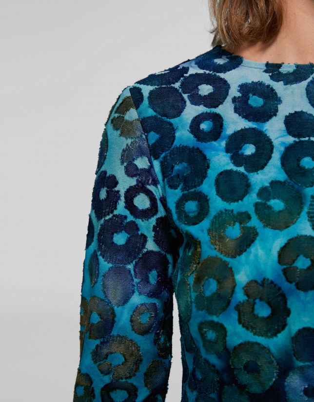 Camiseta punto estampado manchas tonos azules