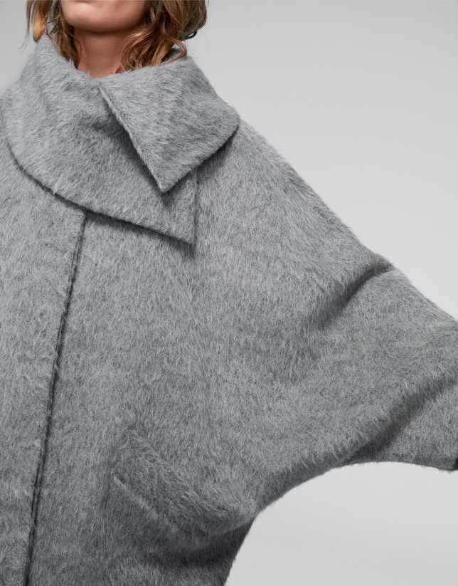 Gray wool/alpaca/mohair cloth coat