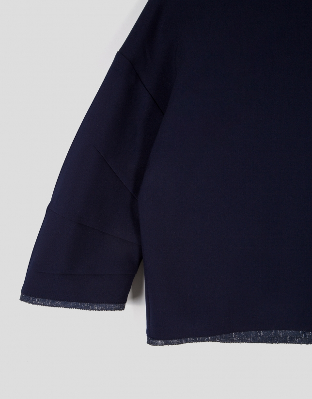 Top bleu marine à manches kimono
