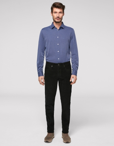 Black corduroy pants with five pockets