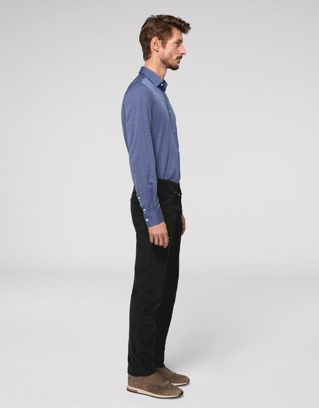 Black corduroy pants with five pockets