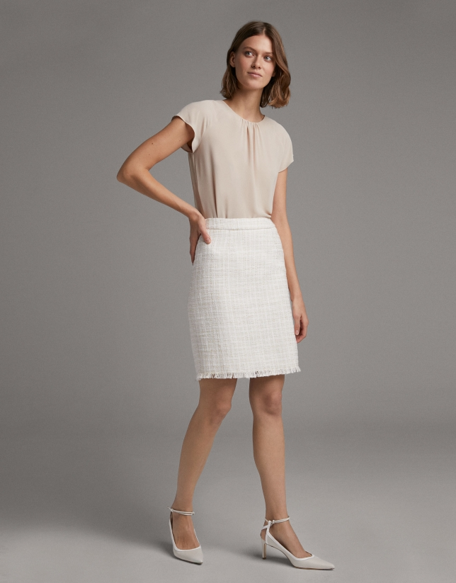 Ivory jacquard short skirt with fringe
